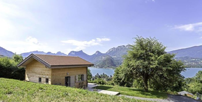 location-chalet-talloires-montmin-chalet-lac-et-montagnes